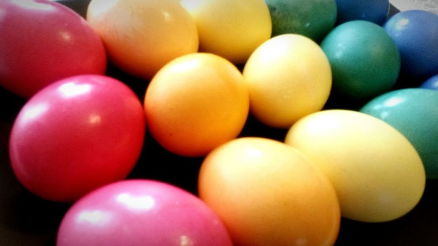 Easter Easter Eggs Colorful Blue Red Yellow Orange Green Egg Pride Pride Color Easter Holidays Traditional Food Gelb Grün Blau Rot Ostern Ostereier Bunt Tradition Eier Eierfärben