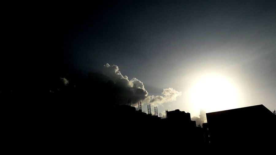 Sunlight Black Light Nature No Lightning Sunny Day Sun Sun Is Out Still Dark Clouds Sky Lightning Thunderstorm Forked Lightning Power In Nature Silhouette Storm Weather Sky Dramatic Sky