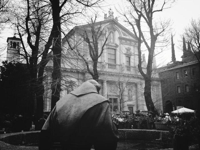 Streetphotography Blackandwhite Black And White Mercato Dei Fiori Di Pasquetta