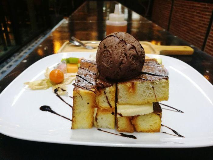 BananaNutellaToast Dessert Porn Dessert Time! Partying Wipped Cream 🍞🍯🍫🍌