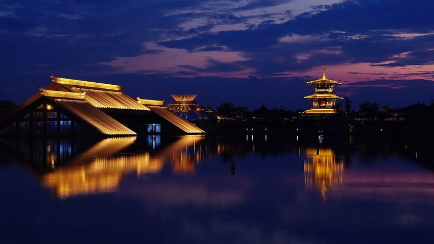 上海松江广富林遗址 Night Illuminated Reflection Water Sky Architecture Built Structure