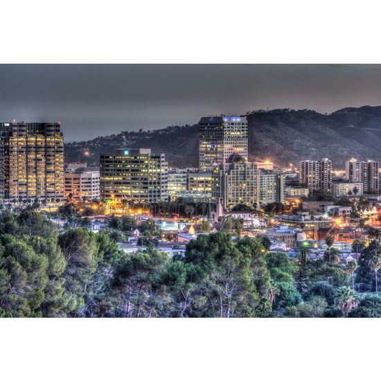 Decided to lurk around Glendale after some in n out 😋🍔🍟 DiscoverLA Conquer_la HDR Weownthenight_la Nikontop Nikon Welikela
