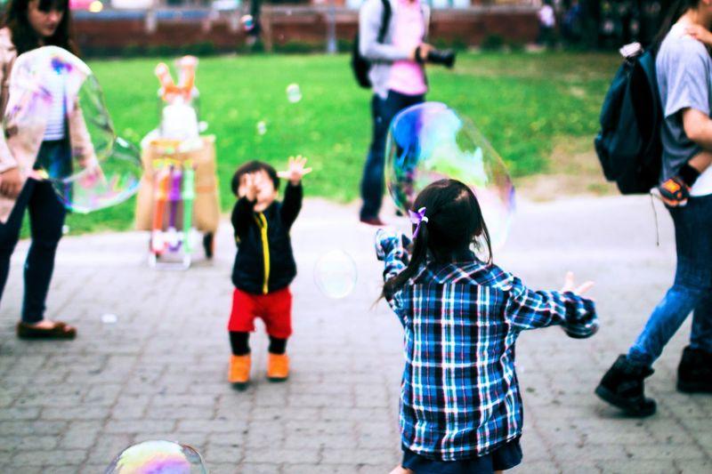 台灣九分 Taiwan Snapshots Of Life EyeEm Best Shots Sigma35mm Children Bubbles Playtime The Street Photographer - 2015 EyeEm Awards Collected Community