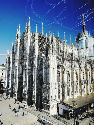 Italy🇮🇹 Milan Milano Duomo Di Milano Medieval Architecture Church Museo Del Novecento Sky