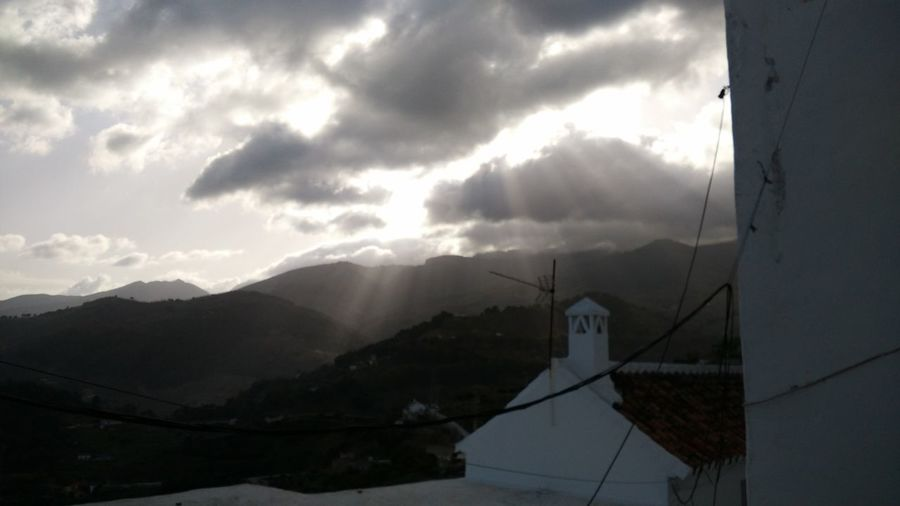 Clouds And Sky Cloud Nubes Nublado Light Sun Hope Mountain View Luz Sol Esperanza Vistas Saleelsol Sunset_collection Sun Light LuzSolar👌🌞🌄🎑