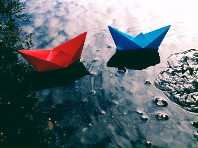 TakeoverContrast Dark осень Autumn No People Nature Color Beutiful  Ship Ships Ships⚓️⛵️🚢 Origami Origamiart Blue Red Water Sea Summer Forest корабли вода оригами