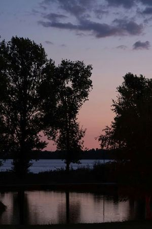 Paysage Coucher De Soleil Campagne Sunset River Riviere France Autour De Chez Moi Photo Around You Pond