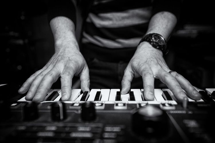 Playing the keyboard in the recording studio. Black Black And White Blackandwhite Close-up Electronic Finger Fingers Hand Indoors  Instrument Keyboard Light Male Music Musician Performance Piano Practice Recording Studio Shadow Sound White