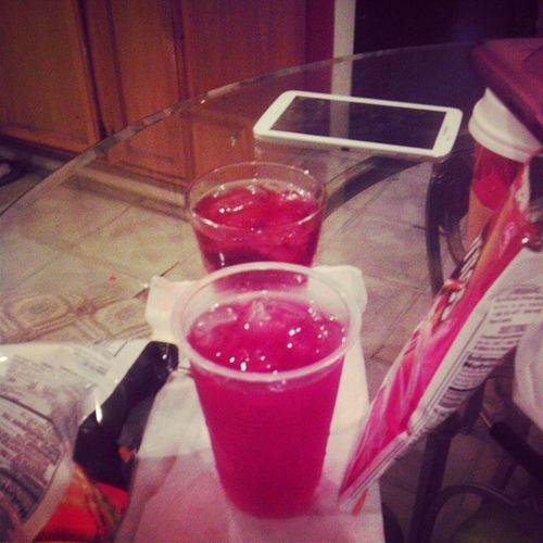 """Drinks with my mama' We """"bonding"""" cx hah' Munchies Cranberry Vodka ItsSunday holyshit firstdayofschooltomorrow daam howell toomanyhashtags lmao"""
