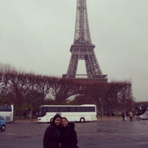 Tbt @jcon1209 Paris Sistertrip Letsgobackplease Besttimeofourlives