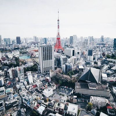 'everything has its top, we just have to climb to reach the top of our dreams' // went on a tour of the tokyo instagram + facebook office yesterday! such a cool place with stunning views of tokyo (such as this one of the tokyo tower!), thanks so much @misheri for having us and for showing us around! - Inspirationcultmag Reco_ig Igersjp