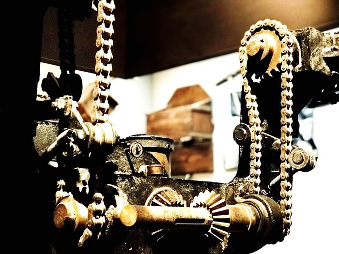 Stone cutting machine Cuttinh Cutting Indoors  Focus On Foreground Jewelry Hanging No People Close-up Decoration Chain Architecture Belief