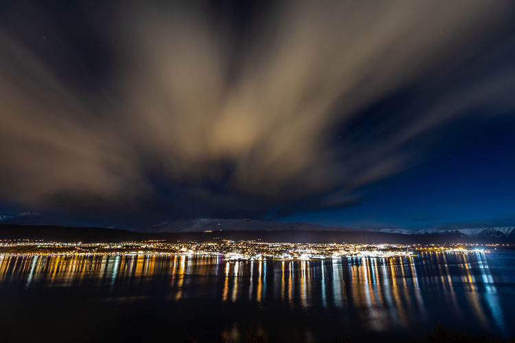 Akureyri bei Nacht, Akureyri at night Skyline Canon Nature Nature Photography Canonphotography Canon5Dmk4 Iceland Nature_collection Landscape Landscape_photography Architecture Building Sky Sky And Clouds Color Colorful Reflection Canon_photos Water Cityscape Star - Space Astronomy Galaxy Sea Illuminated Sailing Ship Mountain Beach Harbor Lightning