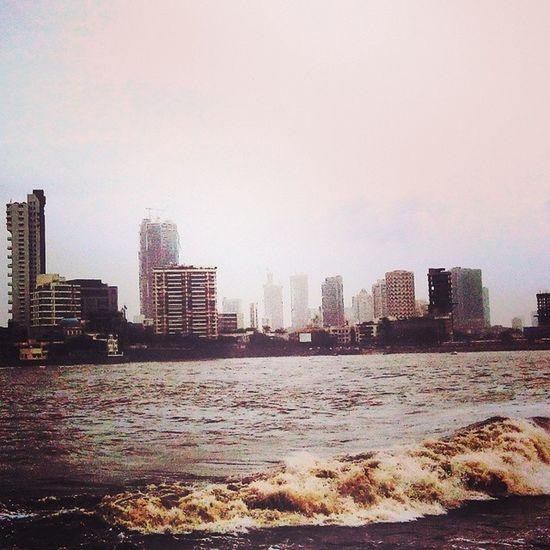 Mosoon Saturday Mumbai Hajiali View Buildings Sea Tides Water Shower Instaphotography Instaclick ..