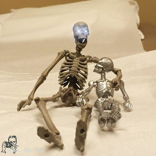 Nah, it's really not that bad. They're just gonna look at ya a bit then we'll go home. Now your Uncle Sal, He's hanging in a class room. Poor bastard. they never leave him alone and he's mounted to a hanger! Poseskeleton Revoltechskeleton Doctorvisit