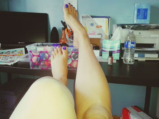 Toes Paintedtoenails Paintingtoenails Feet Up Human Body Part Indoors  Sexylegs Low Section Day Close-up Young Adult Lifestyles Adult Tanlegs Nailpolish Bothlegs Legselfie Feetselfieswomens Personal Perspective Purpletoes BlueToes No Shoes Womensfashion Womens Style One Woman Only Makeup Beauty
