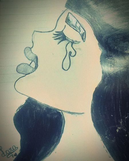 Dibujo: LLORAR First Eyeem Photo