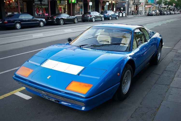 Bling Blue Car City Life Ferrari Hot Cars Leicacamera Luxurious Car Mode Of Transport Racing Car Rich Life Transportation