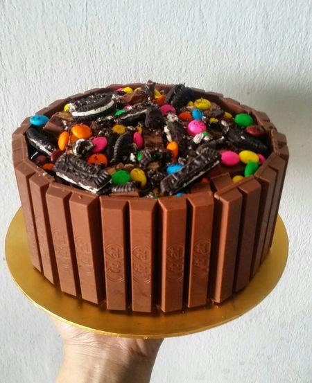 Kitkatlover cake. Kitkat Cake Cake Cake