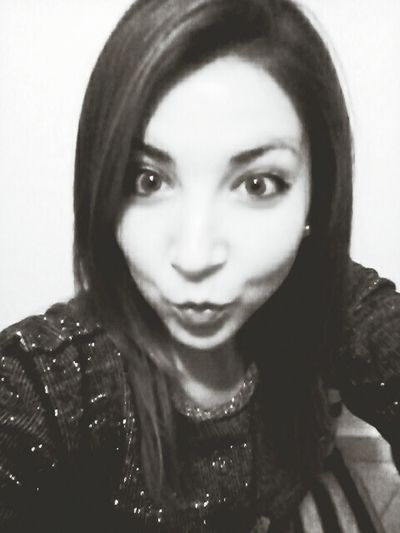 Hi! Kiss :* Big Eyes O.O Black&white