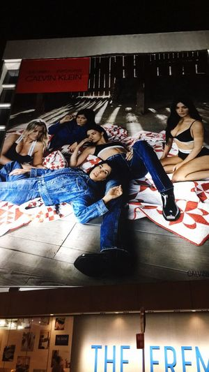 The Kardashian's in Calvin Klein Billboard Billboards Billboard The Kardashians Drivingsunset Models Calvin Klein Jeans Calvin Klein Kourtneykardashian Khloe Kardashian Kendal Jenner Kim Kardashian Kylie Jenner Sisters ❤ Togetherness Indoors  Real People Communication Leisure Activity Men Young Adult Young Women Full Length Friendship