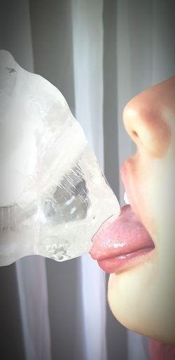 gelo Ice Tongue