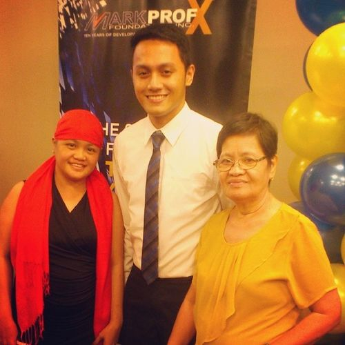 It has been 4yrs since the last time I brought them in a commencement ceremony. And now, they're attending my graduation in MarkProf's Top 25 Young Marketing Leaders in the Philippines. Ate Ria and Ninang (Lola) Esing. Markprof @Top25MarkProf Graduate