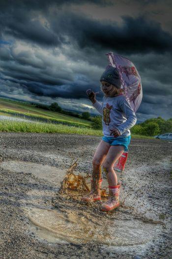 Umbrella Water Rain Rainy Days Like Girl Fotography Child Fun MyGIRL Taksforlikes