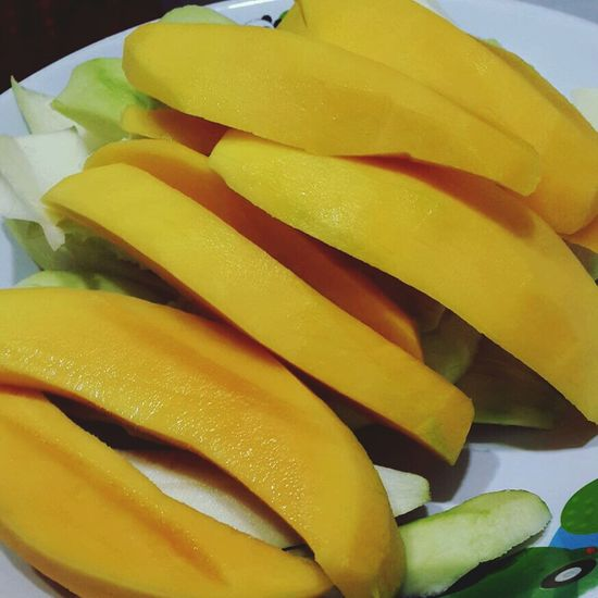 some fruit after breakfast Fruit Mangoes Delicious ♡ Enjoy A Meal