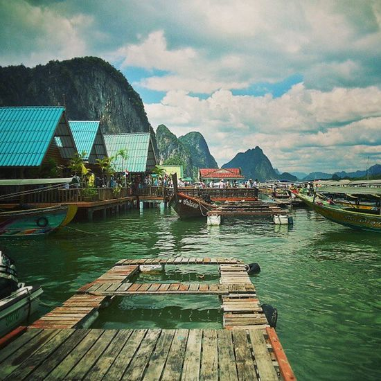 Koh Panyee a.k.a. the floating sea village was founded by two seafaring families from Java, Indonesia in the 18th century and is now home to nearly 1,400 people, descendants of those two families! Phuket