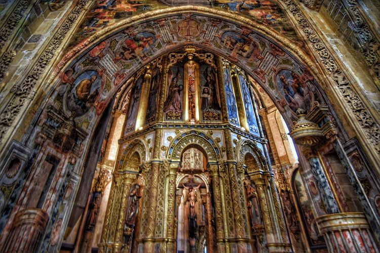 Religion Place Of Worship Spirituality Low Angle View Architecture Built Structure Indoors  No People Day Travel Destinations Monument Fisheye Popular Photos Popular Portugal Convento De Cristo Convent Church Architecture Church Eye4photography  Architecture Indoors  Arch Colors Saints