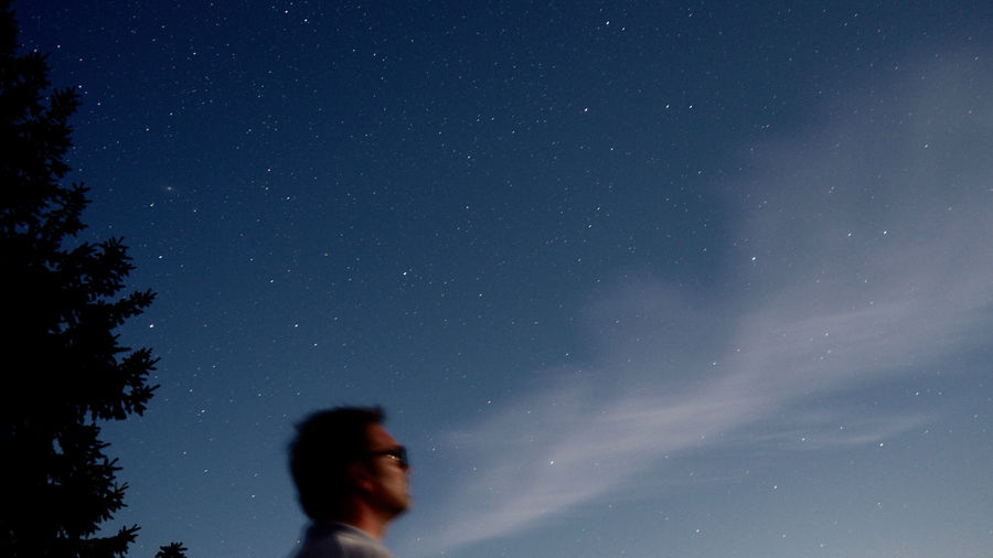 Astronomy Getting Away From It All Low Angle View Man In Nature Man In Space Nature Night Star - Space