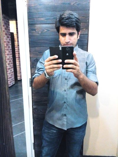 Selfie ✌ That's Me Hi! Hello World Check This Out Self Portrait Me, My Camera And I