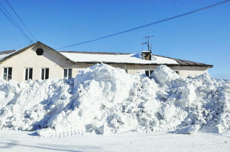 LotsOfSnow Wintertime On The Streets Village Streetphotography Russia Traveling It's Cold Outside