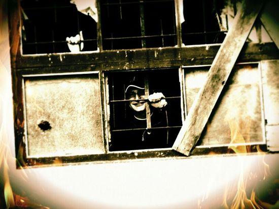 Hanging Out Sanatorio Durán