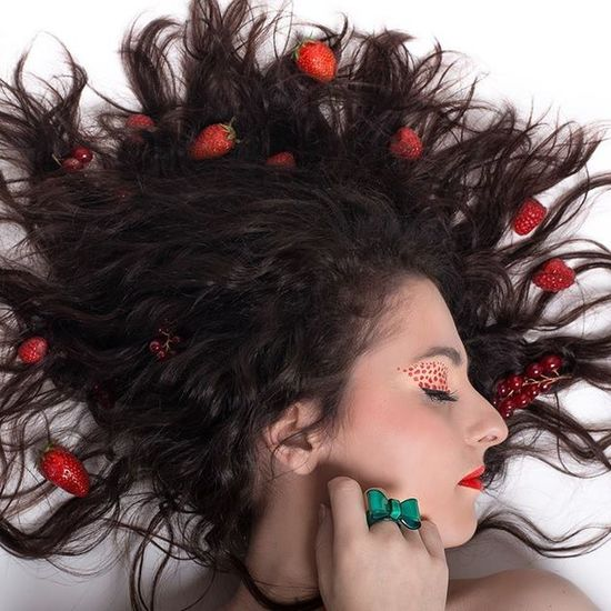 Shooting Fruits Rouge Makeupartist makeup maquillage photo mode cpl coupdepinceaudelilly @ekozphoto @amandine.pulka