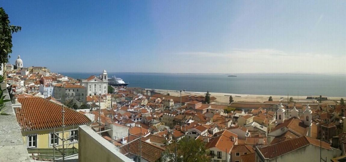 Ah como eu amo Portugal!!!! Lisboa Portugal_lovers Lisboa Trip EyeEmlisboa Jardim Julio Castilho Taking Photos Hello World Blue Sky Sea