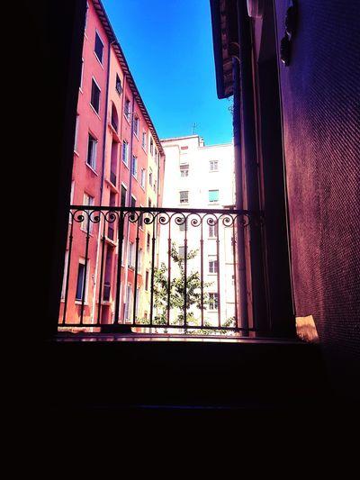 Window No People Shadow Day France 🇫🇷 Street France🇫🇷 Travel Destinations Architecture City Sky Outdoors Façade Lyon Croixrousse Building Exterior Indoors  Les Pentes De La Coix Rousse EyeEmNewHere