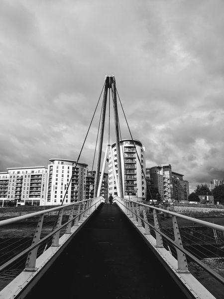 A brewing storm Stormy Weather Suspension Bridge Architecture Sky Streetphotography Leeds, UK The Week On EyeEm