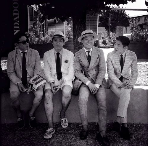 GoodFellas IMP At Pitti Uomo 86 The fantastic four Fashion Streetphotography Blackandwhite