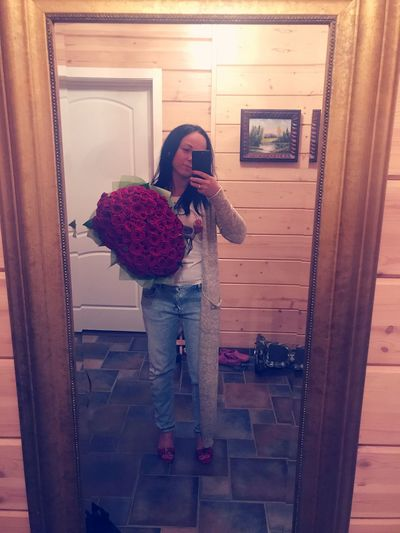 Moscow Relaxation ThatsMe Selfie Selfie ✌ Russia россия Hi! Its Me Smiling Flowers Roses🌹🌹🌹