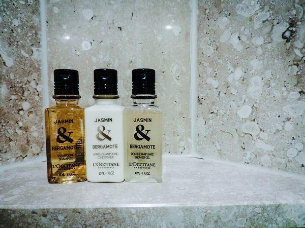 Jasmine Hotel Room Bath Time Shampoo Conditioner Bodysorp Nikon Nikonphotography Sydney Loccitane