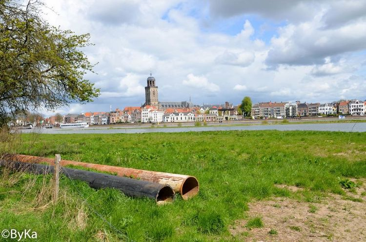 Grass Built Structure Architecture Building Exterior Protection Old Cloud - Sky Safety Green Color Sky City Day Field Outdoors Tranquil Scene History Tranquility Cloudy Urbanphotography Urban City Life Netherlands