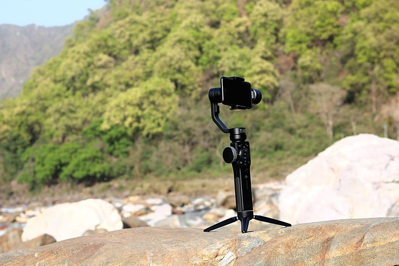 Tree Photography Themes Land Solid Rock Beauty In Nature Outdoors Rock - Object Camera - Photographic Equipment Tranquility Sunny Mountain Tranquil Scene
