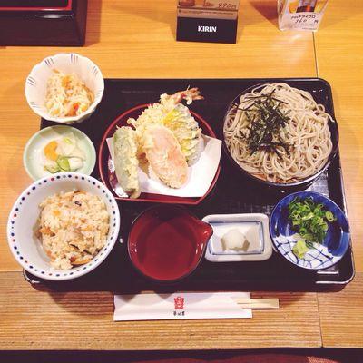 Enjoying A Meal Food Porn Soba Japanese Food 松山 高島屋 ランチ ざるそば 天ぷら Food