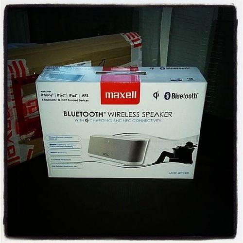 Maxell MXSP-WP2000 Maxell MXSPWP2000 WP2000 BluetoothWirelessSpeaker WirelessQiCharging NFC QiLadestation BluetoothLautsprecher