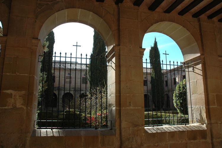 Monasterio De Cañas Architecture Built Structure Window Arch Day Nature Building Exterior Plant No People Outdoors Building Sky History The Past Glass - Material Travel Destinations Architectural Column Sunlight Tree Courtyard  Arched