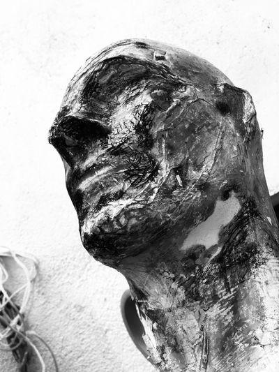 Black And White Sculpture HEAD Cabeza Headshot Close-up Portrait One Person Body Part Lifestyles White Background Human Face Contemplation Young Adult Representation Human Representation Young Men Human Body Part