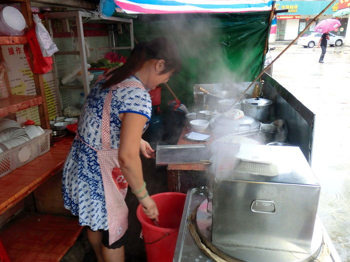 Cooking Girl Power Lady Boss Meals Preparation Original Experiences Preparation  Roadside Food Stall Steam Vermicelli