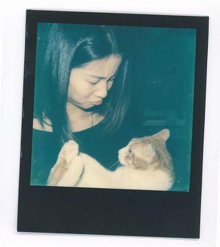 du..... Polaroid Polaroidslr680 Slr680 Cat Canton Meaninglessart Girl